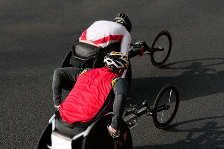 Rollstuhlsport Produkte und Rennrollst�hle
